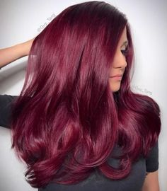 15 Best Maroon Hair Color Ideas of 2019 - Dark, Black & Ombre Colors Yummy Red Wine Hair Color Magenta Hair Colors, Brown Hair Color Shades, Brunette Hair Colors, Blonde Hair, Blonde Color, Pelo Color Vino, Vino Color, Wine Hair, Burgundy Hair
