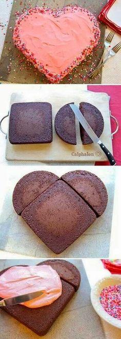 Γλυκές Τρέλες: Πως να φτιάξουμε τούρτα καρδιά χωρίς ειδικές φόρμες!