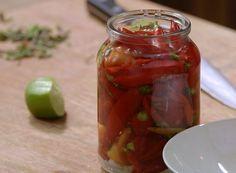 Como fazer conserva de pimenta / TEMPERO DE FAMLIA (Foto: Divulgao / Tempero de…