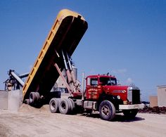 Unloading sand at the Tews Lime and Cement plant at the Butler (north west side of Milwaukee). The 921 Diamond Ts were very nice looking trucks. Dump Trucks, Cool Trucks, Big Trucks, Dump Trailers, Heavy Duty Trucks, Heavy Machinery, Diesel Trucks, Vintage Trucks, Classic Trucks
