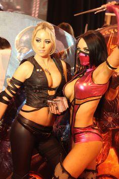 Sonia & Mileena (Mortal Kombat) cosplay  (vivolatino.com pinterest)