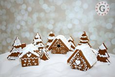 Contains 3 Mini Gingerbread House Cutters:    1- Mini Gingerbread House Cutter - Chalet   Assembled house will measure approximately 2.75