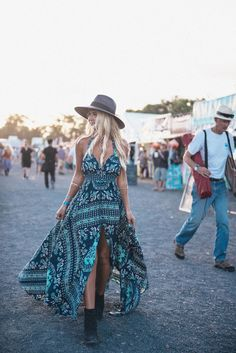 So it finally happened! You want to try out boho chic outfit, right? If you are in, then I've got so