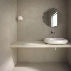 Bespoke, luxurious microcement finishes, covering Devon, the south-west and beyond. Minimal Bathroom, Beige Bathroom, Bathroom Inspo, Bathroom Inspiration, Baño Color Beige, Devon, Kallax Regal, Tadelakt, Bad Inspiration