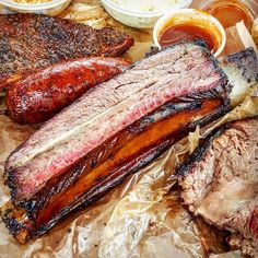 Oh Glorious Beef RibSo Glad I Met You at @la_barbecue! -- #FallOffTheBone #Tender #BBQ #Beef #Ribs #BeefRib #Yummy #Barbecue #Food #Foodie #Instafood #FoodPorn #Foodgasm #Foodstagram #LaBarbecue #Austin #Texas #FoodTrucks #AustinTrip2017 #AustinEats #FoodBlog #DesiredTastes