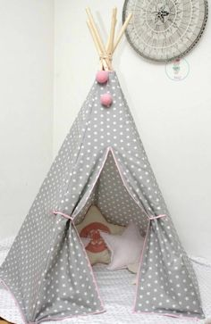 Nursery decoration themselves make figures tent fabric Sewing For Kids, Diy For Kids, Diy Teepee, Tipi Tent, Nursery Decor, Bedroom Decor, Tent Fabric, Baby Co, Kidsroom