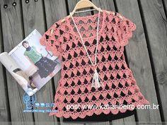 Katia Ribeiro Moda & Decoração Handmade: Blusa rosa em Crochê com Gráfico