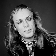 Singer/musical/record producer and visual artist Brian Eno turns 65 today. He was born 5-15 in 1948. Many got to know him best in the early 70s as head of the group Roxy Music.
