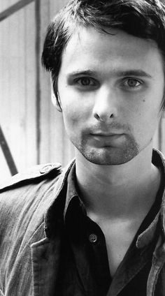 Matthew Bellamy, great singer, great guitar player, great pianist. All wonderful qualities. =) In case you were wondering, this is the lead vocalist for Muse.