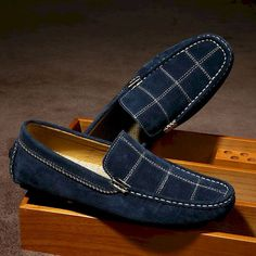 Online Shop 2017 Luxury Men Suede Loafers Slip-on Gentlemen Moccasins Soft Flat Driving Loafers Boat Shoes Letters Red Blue Khaki Suede Loafers, Suede Shoes, Loafer Shoes, Loafers Men, Men's Shoes, Shoe Boots, Dress Shoes, Shoes Men, Shoes Style