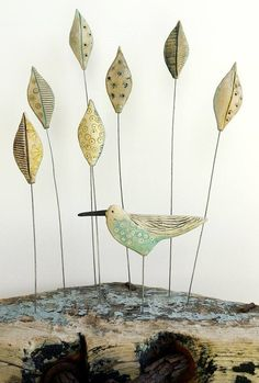 shirley vauvelle artist - click the link now for more info. Clay Birds, Ceramic Animals, Paperclay, Ceramic Flowers, Air Dry Clay, Wire Art, Ceramic Artists, Art Plastique, Clay Crafts