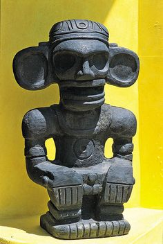 Taino Art ~ Puerto Rico: Cemi from the Dominican Republic. This is a copy from the original in the Museum of the Dominican Man in Santo Domingo City. Taino Symbols, Tribal Symbols, Taino Tattoos, Puerto Rico History, Puerto Rican Culture, Indigenous Tribes, Puerto Ricans, My Heritage, Dominican Republic