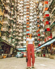 Hongkong outfit travel, singapore travel и travel pose. Hongkong Outfit Travel, Taiwan Travel, Singapore Travel Outfit, Travel Pose, Travel Photos, New Travel, Travel Style, Travel Outfit Summer, Summer Outfits