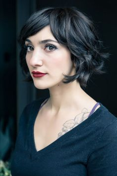 Outward waves would create a pixie like look to your cut. It may look a bit messy, but it's still a fun style to have.