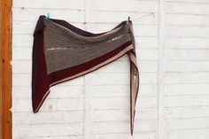 Pletený XIII. ručně pletený šátek / Prodané zboží prodejce Pshedoo | Fler.cz Clothes Hanger, Coat Hanger, Clothes Hangers, Clothes Racks