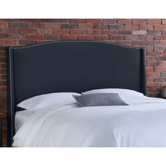 Skyline Furniture 42 Nail Button Wingback Upholstered Headboard
