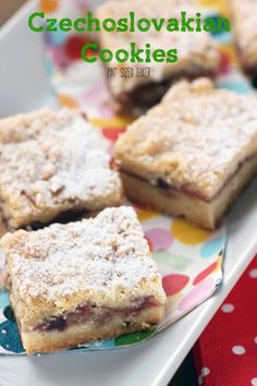 A yummy recipe handed down from my grandmother - Czechoslovakian Cookies filled with jam on a simple cookie crust. Quick, easy and delicious. Czech Desserts, Easy Desserts, Delicious Desserts, Yummy Food, Famous Desserts, Jam Cookies, Cookies Et Biscuits, Sugar Cookies, Slovak Recipes