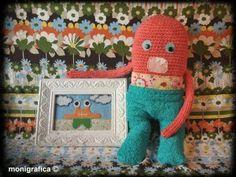 Arty ha recorrido embobado las salas del Prado, el Louvre, el Metropolitan de Nueva York y hasta el Museo de El Cairo...!! Ahí le véis orgulloso mostrando su última adquisición... el último cuadro de Bich'Off!! Arty está en La oveja escocesa, en pleno Barrio de Malasaña!