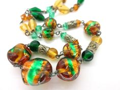 VINTAGE CZECH BI COLOUR FOIL ART DECO GLASS BEAD NECKLACE