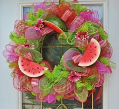 watermelon mesh wreath - Google Search Babys Breath Flowers, Deco Mesh Wreaths, Door Wreaths, Spring Door, Diy Wreath, Grapevine Wreath, Crafts To Sell, Homemade Crafts, Craft Corner