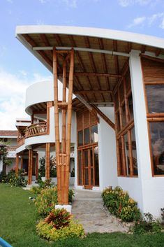 Construction With Bamboo. Filipino Architecture, Bamboo Architecture, Architecture Details, House Construction Plan, Bamboo Construction, Bamboo House Design, Bamboo Building, Hut House, Bamboo Structure