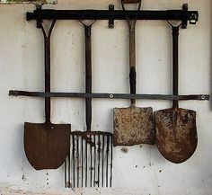 I have a thing for antique garden tools <3