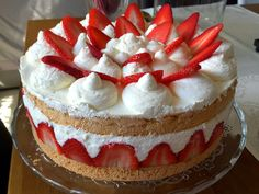 Strawberry Cake :)