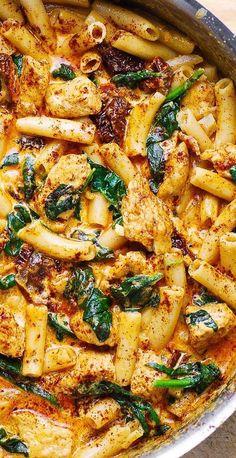Asiago Chicken Pasta with Spinach #chicken #pasta #chickenpasta #creamychicken #creamypasta