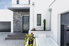 Anglet, Pyrénées Atlantiques, France. Design et construction by Maisons Aquitaine. #design #maisonaquitaine #BBC  Crédit Photo : Agence Freestyle