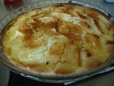 Todella kuohkea ja herkullinen omenatorttu, suosittelen! Kasvisruoka. Reseptiä katsottu 6484 kertaa. Reseptin tekijä: cupcake-.
