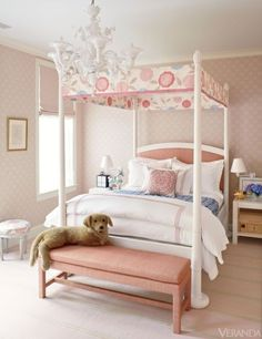 Canopy Bed Dreaming: Gallerie B