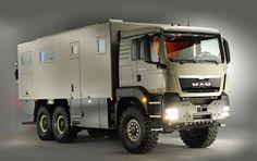 The 7200 is built on a six-wheeled MAN platform