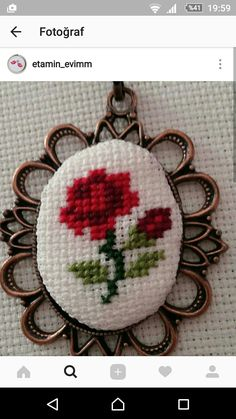 This Pin was discovered by Özg Mini Cross Stitch, Cross Stitch Rose, Cross Stitch Flowers, Beaded Embroidery, Cross Stitch Embroidery, Embroidery Patterns, Hand Embroidery, Cross Stitch Designs, Cross Stitch Patterns