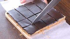 <b>Ingredienser:</b> gram havregryn gram rosiner gram m Healthy Cake, Healthy Sweets, Sugar Free Desserts, Polish Recipes, Slow Food, Afternoon Snacks, My Favorite Food, Food To Make, Food And Drink