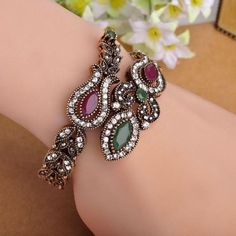 Latest Vintage Women Party Bangles Antique Gold Plated Red Acrylic Lily Flower Bracelets Full Crystals Turkish Bijuteria Jewelry Like if you remember Visit us Fashion Accessories, Fashion Jewelry, Women Jewelry, Beautiful Gifts, Beautiful Outfits, All About Fashion, Passion For Fashion, Or Rouge, Flower Bracelet