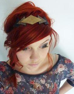 Headband en cuir parsemé de paillettes dorées, cuir noir clouté et noir - Paulinka : Accessoires coiffure par paulinka-creations