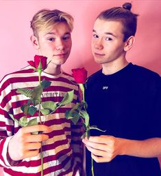 "Marcus & Martinus ♪ na Instagramu: ""Happy Valentines Day💕 Remember that we love you all, always❤️"" Love You All, Our Love, Cute Imagines, Miraculous Wallpaper, Dream Boyfriend, Cute Twins, Happy Valentines Day, Famous People, Videos"