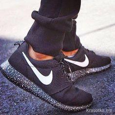 Comfy Nike Roshe Run Shoes