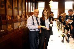 Welcome to the Netherlands ! Le parfait accord mets et vin pour votre Gouda ! Gouda, Parfait, Wine Recipes, Portraits, Blog, Pictures, Life, Wine Pairings, Photos