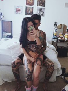 Hi m☯ther fucker: Fotos Couple Tattoos, Love Tattoos, Sexy Tattoos, Body Art Tattoos, Hand Tattoos, Girl Tattoos, Tattoo Girls, Awesome Tattoos, Tattoo L