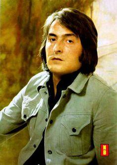 nino bravo Divas, 1970s, Artists, Flower, Musica, Kiss, Bands, Peace, Songs
