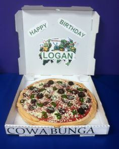 Pizza cake - Teenage Ninja Turtles??? Cake Birthday, Boy Birthday Parties, Happy Birthday, Mutant Ninja, Teenage Mutant, Pizza Cake, Teenage Ninja Turtles, Awesome Cakes, Dessert Recipes