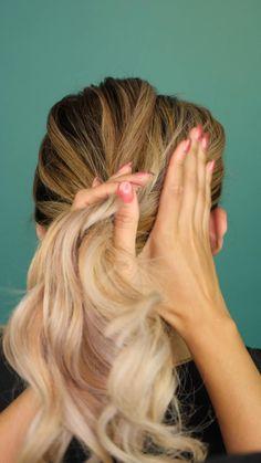Hair Tutorials For Medium Hair, Cute Hairstyles For Medium Hair, Medium Hair Styles, Easy Hairstyles, Girl Hairstyles, Curly Hair Styles, 90s Grunge Hair, Hair Upstyles, Baddie Hairstyles