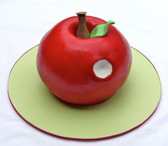 apple cake hungry-caterpillar-party-6