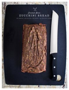 Coconut Flour Zucchini Bread- Replace any carb sweetener with your favorite sugar free sweetener and any flour with coconut flour and BINGO we have a Low Carb Recipe! Honey Wheat Bread, Coconut Flour Bread, Coconut Sugar, Almond Flour, Sans Lactose, Sans Gluten, Gluten Free, Dairy Free, Low Carb Recipes