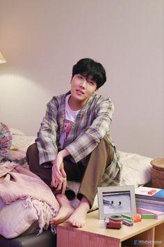 Jung Hoseok, Namjoon, Gwangju, Mixtape, Lockscreen Bts, Jimin 95, Jhope Bts, Bts Taehyung, K Pop Wallpaper