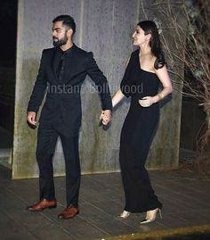 Anushka Sharma Virat Kohli, Virat And Anushka, Virat Kohli Beard, Bollywood Couples, Falling Back In Love, Manish Malhotra, Formal Wear, Dress Formal, Best Couple
