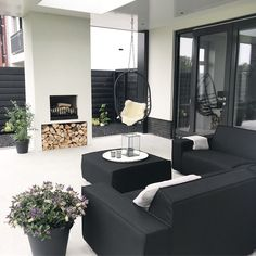 Modern Outdoor Fireplace, Backyard Fireplace, Backyard Plan, Backyard House, Patio Gazebo, Pergola, Ideas Terraza, Veranda Interiors, 2 Storey House Design