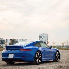 Ducktail action. #ItsWhiteNoise #Porsche #ClubCoupe @carsofstuttgart
