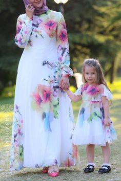 Little Silk Flower Dress - Source by daughter outfits fall Women's Dresses, Flower Dresses, Fashion Dresses, Fall Dresses, Long Dresses, Modest Fashion, Mom Daughter Matching Dresses, Mom And Baby Dresses, Dress Name